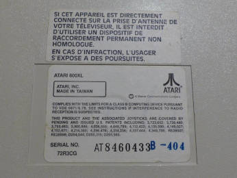PAL Atari 800XL French sticker close-up #2